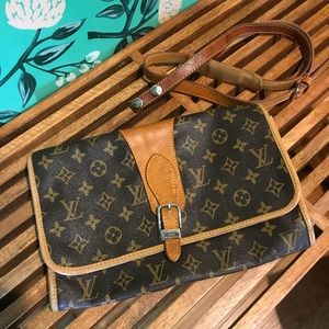 Vintage Louis Vuitton Monogram Clutch or Crossbody